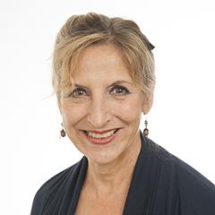 Karin Opacich headshot.