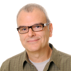 Michael Cailas headshot.