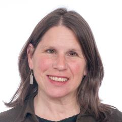 Susan Kaplan headshot.