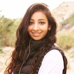 Shivani Shah headshot.
