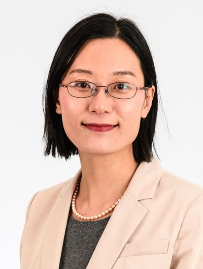 Heng Wang headshot.