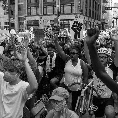 People in Dallas protest the murder of George Floyd.