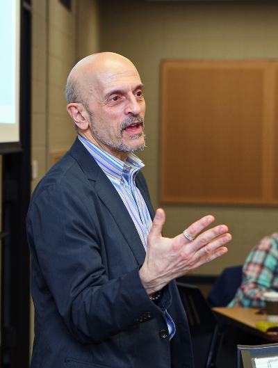 Joseph Zanoni, PhD, lectures during a class.